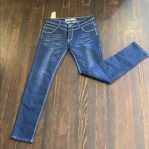 Diesel • Skinny Jeans